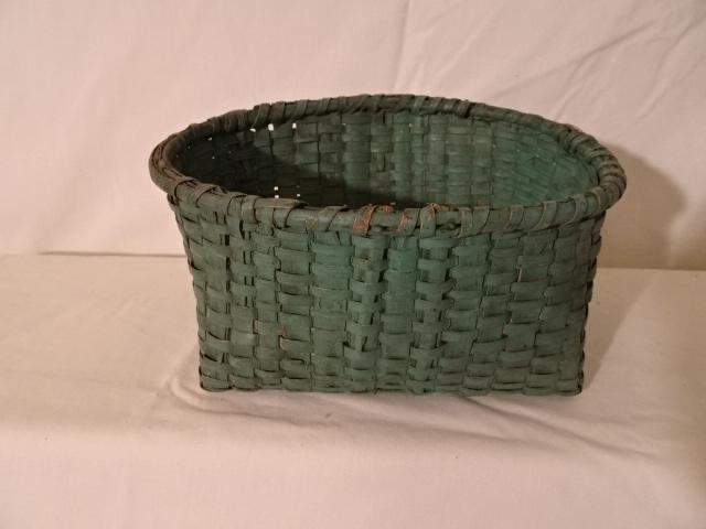 "#149 Green Handmade Basket - Oval 8"" x 6"" x 4"""