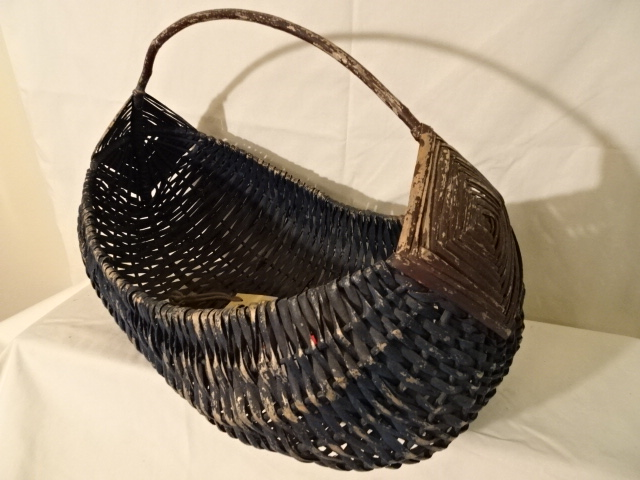 "#152 Rare Indian Antique Handmade Canoe Basket - God's Eye Handle - 15"" x 6"" x 12"" (includes handle) $80 HHTH"